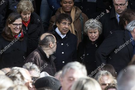 French Singer Laurent Voulzy (c) Leaves the Saint Sulpice Church After a Funeral Ceremony For French Singer Michel Delpech Prior to His Burial in Paris France 08 January 2016 Delpech Died Aged 69 on 02 January 2016 After Suffering From Cancer France Paris