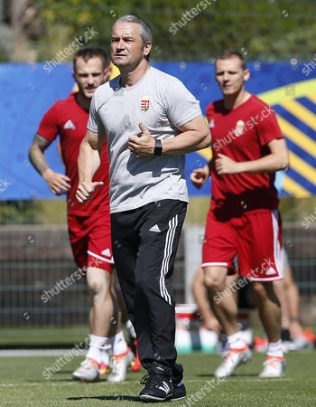Hungary's National Soccer Team Coach Bernd Storck During a Training Session at Centre Robert Louis Dreyfus in Marseille France 17 June 2016 Hungary Will Face Iceland in Group F During the Uefa Euro 2016 Soccer Championship Running From 10 June to 10 July 2016 in France Epa/guillaume Horcajuelo France Marseille