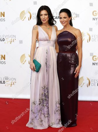 British Actress Jaime Murray (l) and Us Actress Julie Benz Pose During the Closing Ceremony of the 54th Monte Carlo Television Festival in Monaco 11 June 2014 Monaco Monaco