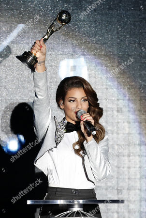 Israel Singer Tal Benyerzi Receives Her Award During the World Music Awards 2014 Held at the Sporting Club in Monaco 27 May 2014 Monaco Monaco