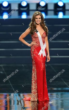 Erin Brady Miss Usa 2013 Performs Onstage During the Miss Universe 2013 Preliminary Competition in Moscow Russia 05 November 2013 the Final of the 2013 Miss Universe Pageant Will Take Place at the Crocus City Hall in Moscow on 09 November Russian Federation Moscow