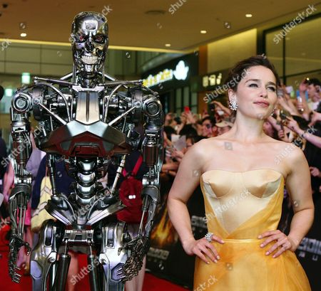 British Actress/cast Member Emilia Clarke Poses Next to the Film Character During the Premiere of the Movie 'Terminator Genisys' at Lotte World Mall in Seoul South Korea 02 July 2015 the Movie by Us Director Alan Taylor Will Open in South Korean Theaters on 02 July Korea, Rebublic of Seoul
