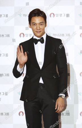 South Korean Actor Choi Jin Hyuk Arrives For the 50th Daejong Film Awards at the Youido Kbs Hall in Seoul South Korea 01 November 2013 Korea, Rebublic of Seoul