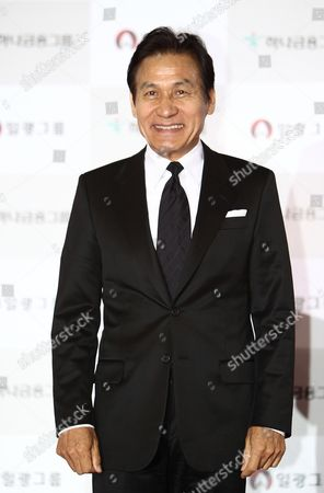 South Korean Actor Ahn Sung-ki Arrives For the 50th Daejong Film Awards at the Youido Kbs Hall in Seoul South Korea 01 November 2013 Korea, Rebublic of Seoul