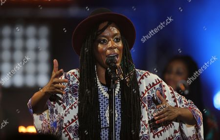 Stock Image of Us Hip-hop Singer Akua Naru Performs During Carthage Jazz Festival in Tunis Tunisia 16 April 2015 Carthage Jazz Festival Launched in 2005 Draws Some of the Most Famous Names in Jazz From Around the World Tunisia Tunis