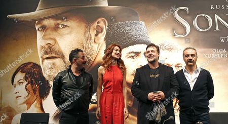 Australian Actor Russell Crowe (2-r) Poses with French Actress Olga Kurylenko (2-l) and Turkish Actors Cem Yilmaz (l) and Yilmaz Erdogan (r) During a Press Conference Before the Premiere of His New Movie 'The Water Diviner' in Istanbul Turkey 05 December 2014 the Movie is About an Australian Father who Travels to Turkey to Search His Sons After the Gallipoli War in 1915 Epa/sedat Suna Turkey Istanbul
