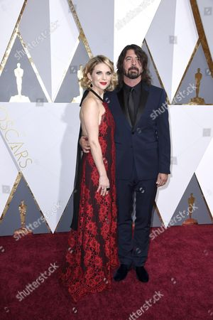 Dave Grohl (r) and Jordyn Blum Arrive For the 88th Annual Academy Awards Ceremony at the Dolby Theatre in Hollywood California Usa 28 February 2016 United States Hollywood