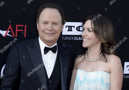 Us Actor Billy Crystal (l) and Daughter Us Actress Jennifer Crystal (r) Arrive For the American Film Institute Life Achievement Award Gala Honoring Us Actor Director and Writer Mel Brooks at the Dolby Theatre California Usa 06 June 2013 Mel Brooks was Awarded the 41st Life Achievement Award For His Mastery in the Motion Picture Industry United States Hollywood