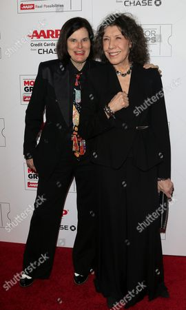 Us Actresses Paula Poundstone (l) and Lily Tomlin Arrive For the Aarp's 15th Annual Movies For Grownups Awards at the Beverly Wilshire Four Seasons Hotel in Beverly Hills California Usa 08 February 2016 United States Beverly Hills