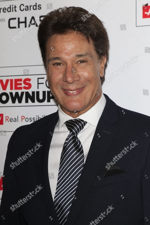 Mexican Singer Fernando Allende Arrives For the Aarp's 15th Annual Movies For Grownups Awards at the Beverly Wilshire Four Seasons Hotel in Beverly Hills California Usa 08 February 2016 United States Beverly Hills