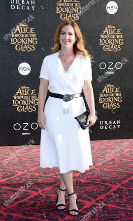 Us Actress Peri Gilpin Arrives For the Us Premiere of 'Alice Through the Looking Glass' at the El Capitan Theatre in Hollywood California Usa 23 May 2016 United States Hollywood