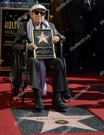 Us Actor/director Paul Mazursky is Honored with a Star on the Hollywood Walk of Fame in Hollywood California Usa 13 December 2013 It is the 2 515th Star on Hollywood Boulevard United States Hollywood