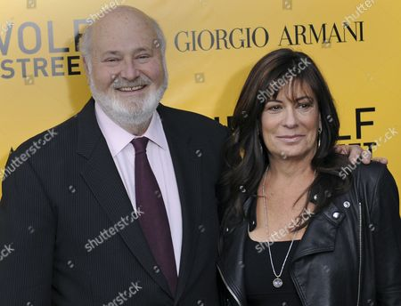 Us Director Rob Reiner (l) and His Wife Michele Singer (r) Pose For Pictures During 'The Wolf of Wall Street' Us Premiere at the Ziegfeld Theater in New York New York Usa 17 December 2013 the Movie is Set to Be Released on 25 December 2013 United States New York