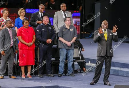 Stock Photo of Bishop T D Jakes (r) Hosts 'Conversations with America' Town Hall at the Potter's House in Dallas Texas Usa 10 July 2016 Five Dallas Police Officers Died After an Ambush Assault by a Gunman During a Protest Rally in Dallas on 07 July United States Dallas