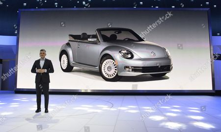 Michael Horn President and Ceo Volkswagen Group of America Talks to the Audience at the North American International Auto Show at Cobo Center in Detroit Michigan Usa 11 January 2016 Auto Manufacturers From Around the Globe Come to Show Off Their Latest Models and Concepts United States Detroit