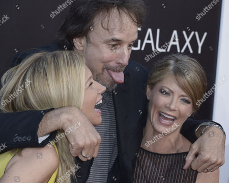 Us Actress and Cast Member Gillian Vigman (r) Laughs with Us Actor Kevin Nealon (c) and Nealon's Wife Us Actress Susan Yeagley (l) Upon Their Arrival For the Premiere of 'The Hangover Part Iii' at the Westwood Village Theatre in Los Angeles California Usa 20 May 2013 United States Los Angeles