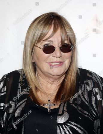 Us Actress and Director Penny Marshall Poses For Photographers During the Annual Friars Club Foundation Gala at the Waldorf Astoria Hotel in New York Usa 07 October 2014 United States New York