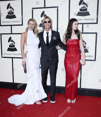 (l-r) Susan Holmes-mckagan Duff Mckagan and Mae Mckagan Arrive For the 58th Annual Grammy Awards Ceremony at the Staples Center in Los Angeles California Usa 15 February 2016 United States Los Angeles