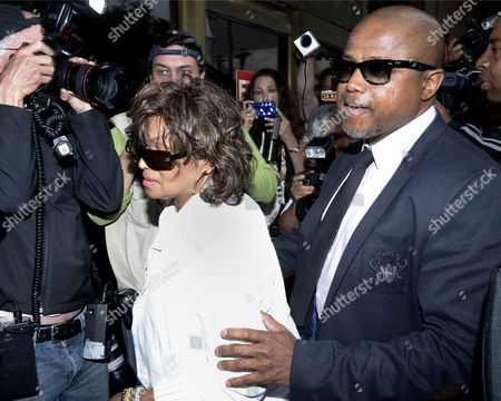 Rebbie Jackson (l) and Randy Jackson (r) Arrive at the Los Angeles Superior Court to Hear Opening Statements in the Civil Trial Against Aeg in Los Angeles Superior Court in Los Angeles California Usa 29 April 2013 the Jackson Family is Suing Two Aeg Executives For 40 Billion Dollars United States Los Angeles