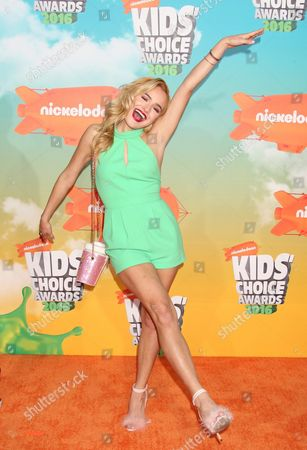 Us Dancer/tv Personality Chachi Gonzales Arrives For the 29th Annual Kids' Choice Awards Held at the Forum in Inglewood California Usa 12 March 2016 United States Los Angeles