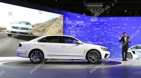 Michael Horn Volkswagen President and Ceo Volkswagen Group of America Speaks to Media About Recent Findings Involving Diesel Vw Vehicles at the 2015 Los Angeles Auto Show in Los Angeles California Usa 18 November 2015 the Auto Show Will Be Open to the Public From 20-29 November Vehicle Shown is 2016 Volkswagen Passat United States Los Angeles