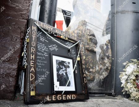 A Memorial to Lead Singer of British Metal Band Motorhead Lemmy at the Rainbow Bar and Grill in Hollywood California Usa 09 January 2016 the Rainbow Purportedly Lemmy's Favorite Bar Allowed Fans to Come in and Celebrate the Rocker's Life Ian Fraser Kilmister Known As Lemmy Died on 28 December 2015 Aged 70 United States Hollywood