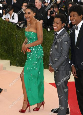 Stock Image of Herizen F Guardiola (l) Arrives on the Red Carpet For the 2016 Costume Institute Benefit at the Metropolitan Museum of Art Celebrating the Opening of the Exhibit 'Manus X Machina: Fashion in an Age of Technology' in New York New York Usa 02 May 2016 the Exhibit Will Be on View at the Metropolitan Museum of Arts Costume Institute From 05 May to 14 August 2016 United States New York