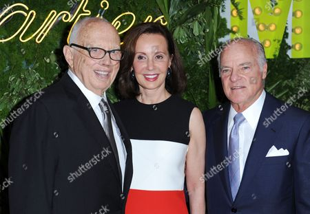 Canadian-born Economist and Philanthropist Marie-josee Kravis (c) Us Businessman Henry Kravis (r) Co-founder of Kkr and Co and Us Artist Ellsworth Kelly (l) Arrive at the Museum of Modern Art's Party in the Garden in New York New York Usa 21 May 2013 the Museum of Modern Art's Party in the Garden is a Benefit Event in Honor of Mayor Michael R Bloomberg and the City of New York and Us Artists Ellsworth Kelly and Cindy Sherman in Recognition of Their Support of Moma United States New York