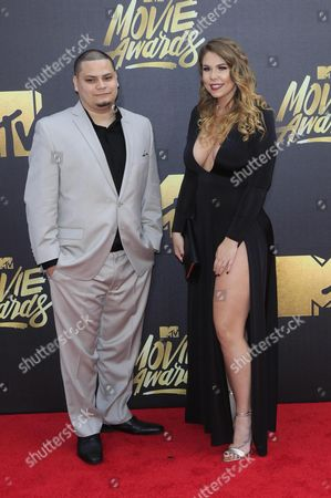 Jo Rivera (l) and Kailyn Lowry (r) Arrive For the 2016 Mtv Movie Awards at the Warner Brothers Studios in Burbank California Usa 09 April 2016 the Movies Are Nominated by Producers and Executives From Mtv and the Winners Are Chosen Online by the General Public United States Burbank