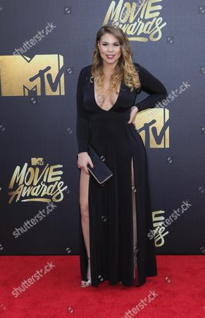 Kailyn Lowry Arrives For the 2016 Mtv Movie Awards at the Warner Brothers Studios in Burbank California Usa 09 April 2016 the Movies Are Nominated by Producers and Executives From Mtv and the Winners Are Chosen Online by the General Public United States Burbank