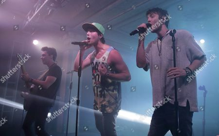 Keaton Stromberg (l) Wesley Stromberg (c) and Drew Chadwick (r) of the Us Pop Reggae Band Emblem3 Perform at the Deluxe at the Murat Center in Indianapolis Indiana Usa 21 May 2016 United States Indianapolis