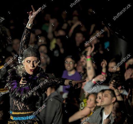 Us Musician Elizabeth Sun of Punk Gypsy Band Gogol Bordello Performs at the Paradise Rock Club in Boston Massachusetts Usa 05 April 2016 (issued 06 April) United States Boston