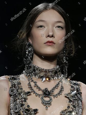 Belgian Model Yumi Lambert Presents a Creation by Marchesa at the New York Fall Fashion Week in New York New York Usa 17 February 2016 the Fall 2016 Collections Are Presented From 11 to 18 February United States New York
