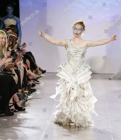 Australian Model Madeline Stuart who Has Down's Syndrome Poses on the Runway During the Spring 2016 Collection by Ftl Moda Show During New York Fashion Week in New York New York Usa 13 September 2015 Her Mother Rosanne is Seen to Her (left) the Spring 2016 Collections Are Presented From 10 to 17 September United States New York