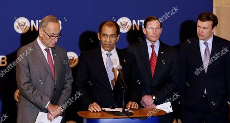 Christopher Hart (2-l) Acting Chairman of the National Transportation Safety Board Speaks About Probable Causes of Five Accident Investigations Involving Metro North Railroad During a Press Conference with Us Senator Charles E Schumer (new York) (l) Us Senator Richard Blumenthal (connecticut) (2-r) and Christopher Murphy (connecticut) (r) at Grand Central Station in New York New York Usa 28 October 2014 the Accidents Discussed in the Report Occurred Over a 10-month Period Between May 2013 and March 2014 and Killed an Injured a Number of People United States New York