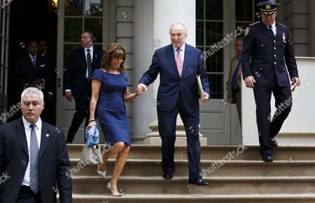 Outgoing New York City Police Commissioner Bill Bratton (c) Walks with His Wife Rikki Klieman (l) Following a Press Conference at City Hall where He Annoyed His Retirement and His Replacement Chief of Department Jimmy O'neill (r) in New York New York Usa 02 August 2016 Bratton who Took the Post in 2013 Will Step Down in September United States New York