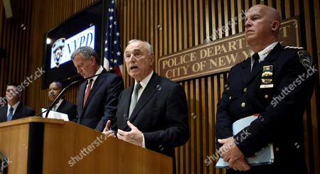 New York City Police Commissioner William J Bratton (c) Talks While New York City Mayor Bill De Blasio (l) and Nypd Chief of Department James P O'neill (r) Listen During a Press Conference About Last Night's Shooting Death of New York City Police Officer Randolph Holder in New York New York Usa on 21 October 2015 Holder was Shot in the Harlem Neighborhood of New York on Tuesday Night and Suspect in the Case Tyrone Howard Has Been Arrested United States New York