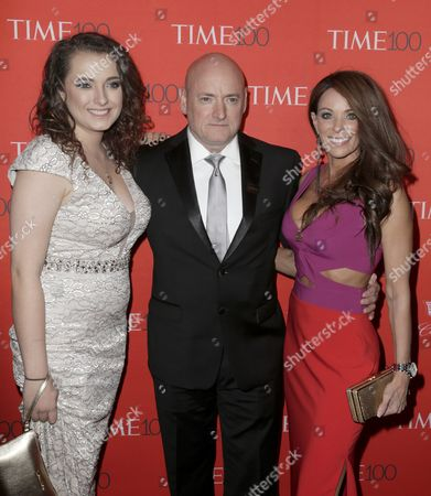 Us Astronaut Scott Kelly (c) with His Daughter Samantha Kelly (l) and His Partner Amiko Kauderer Arrive For the Time 100 Gala at Frederick P Rose Hall in New York New York Usa 26 April 2016 the Event is a Celebration of Time Magazine's Annual Issue Recognizing 100 of the World's Most Influential People United States New York