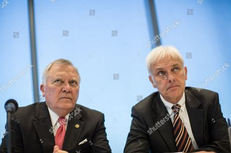 Atlanta Governor Nathan Deal (l) and Matthias Muller President and Ceo of Porsche Ag Attend a Press Conference at the Grand Opening of the New Porsche Cars North America Headquarters in Atlanta Georgia Usa 07 May 2015 the Facility Also Includes a Driver Development Track For Owners United States Atlanta