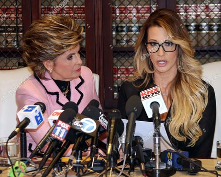 Jessica Drake (r) an Adult Film Performer Reads a Statement in Which She Alleges Republican Presidential Candidate Donald Trump Sexually Harassed Her at a 2006 Golf Event in Lake Tahoe at a Press Conference Held by Attorney Gloria Allred (l) in Los Angeles California Usa 22 October 2016 a Number of Women Have Come Forth Accusing Republican Presidential Candidate Donald Trump of Sexual Misconduct Trump Has Said He Will Sue All His Accusers After the Election Epa/mike Nelson Epa/mike Nelson United States Los Angeles