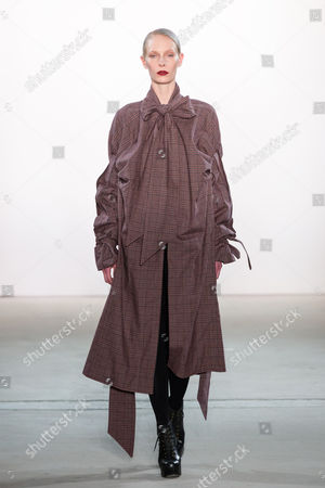 Stock Picture of Medea Paffenholz on catwalk