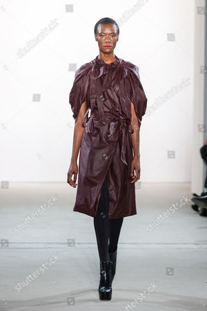 Stock Photo of Nala Luuna Diagouraga on catwalk