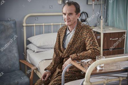 ENDEAVOUR (Series 4, Episode 3) - Anton Lesser as Chief Supt Reginald Bright.