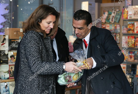 Former French Model Cecilia Attias Receives a Gift From a Fan During an Interview in Brussels Belgium 06 December 2013 the Ex-wife of Former French President Nicolas Sarkozy Presented Her Autobiography 'Une Envie De Verite' (a Desire For Truth) Belgium Brussels