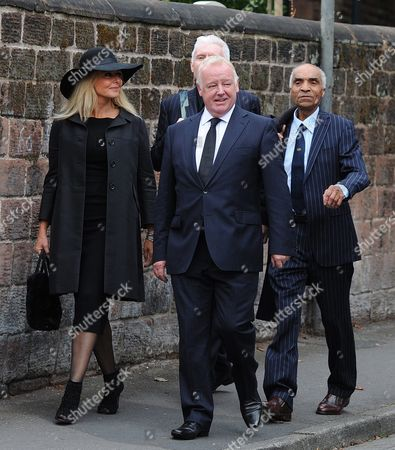 British Media Personality Carol Vorderman (l) British Comedian Les Dennis (c-l) British Singer and Actor Kenny Lynch (r) and British Performing Artist Mike Mcgear (c-r) Attend the Funeral of Cilla Black at St Mary's Church Woolton Liverpool Britain 20 August 2015 Priscilla Maria Veronica White Obe Known by Her Stage Name Cilla Black was an English Singer Actress and Entertainer and Died Aged 72 of a Stroke After a Fall at Her Home in Spain on 01 August 2015 Epa/peter Powell United Kingdom Liverpool