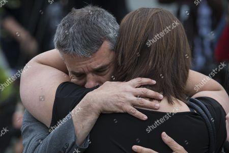 Labour Mp Jeff Smith (l) Hugs Fellow Mp Paula Sherriff (r Back to Camera) Near the Scene where Labour Mp Jo Cox on 16 June was Shot and Fatally Wounded in Birtsall Britain 17 June 2016 Labour Mp Jo Cox was Reported Dead at the Hospital in Leeds After Being Shot and Critically Injured in Birstall on 16 June Cox was Airlfted From the Attack Scene to a Hospital in Leeds where She Later Died Cox Had in Recent Weeks Campaigned For the Remain Camp Britons Will Vote on Whether Or not They Want Remain in the Eu on 23 June United Kingdom Birtsall