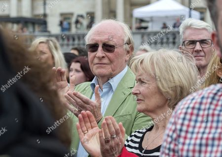 Former Labour Party Leader Lord Neil Kinnock (c) Attends a Memorial For British Labour Party Mp Jo Cox in Trafalgar Square London Britain 22 June 2016 Cox was Murdered in Birstall West Yorkshire 16 June 2016 Whilst Meeting Members of the Public in Her Constituency United Kingdom London