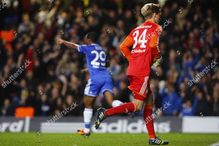 Samuel Eto'o (l) of Chelsea Celebrate a Goal Against Timo Hildebrand (r) of Fc Schalke 04 During the Uefa Champions League Group E Soccer Match Between Chelsea and Fc Schalke 04 at Stamford Bridge in London Britain 06 November 2013 United Kingdom London