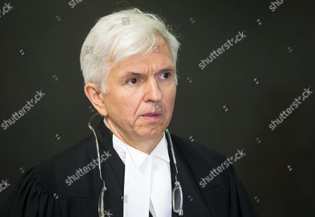 Defense Lawyer Luc Leclair Walks to the Courtroom For the Murder Trial of Luka Rocco Magnotta at Court in Montreal Canada 29 September 2014 Magnotta is Accused of Murdering Chinese Student Jun Lin in 2012 Magnotta Pleaded not Guilty to Five Charges Canada Montreal