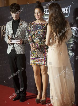 Coco Lee (c) From Hong Kong Winner of the Most Stylish Asian Singer Award Arrives to the Red Carpet For the 18th Channel [v] China Music Awards and Asian Influential Power Grand Ceremony at the Venetian Macau Casino in Macau China 23 April 2014 China Macau
